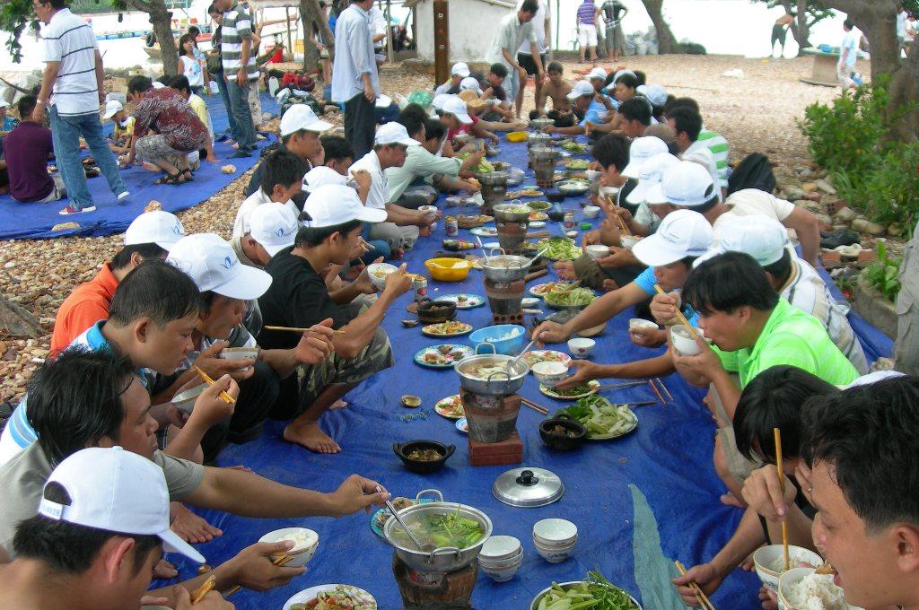 Nhà Hàng Quán Ăn Đảo Bà Lụa Ba Hòn Đầm
